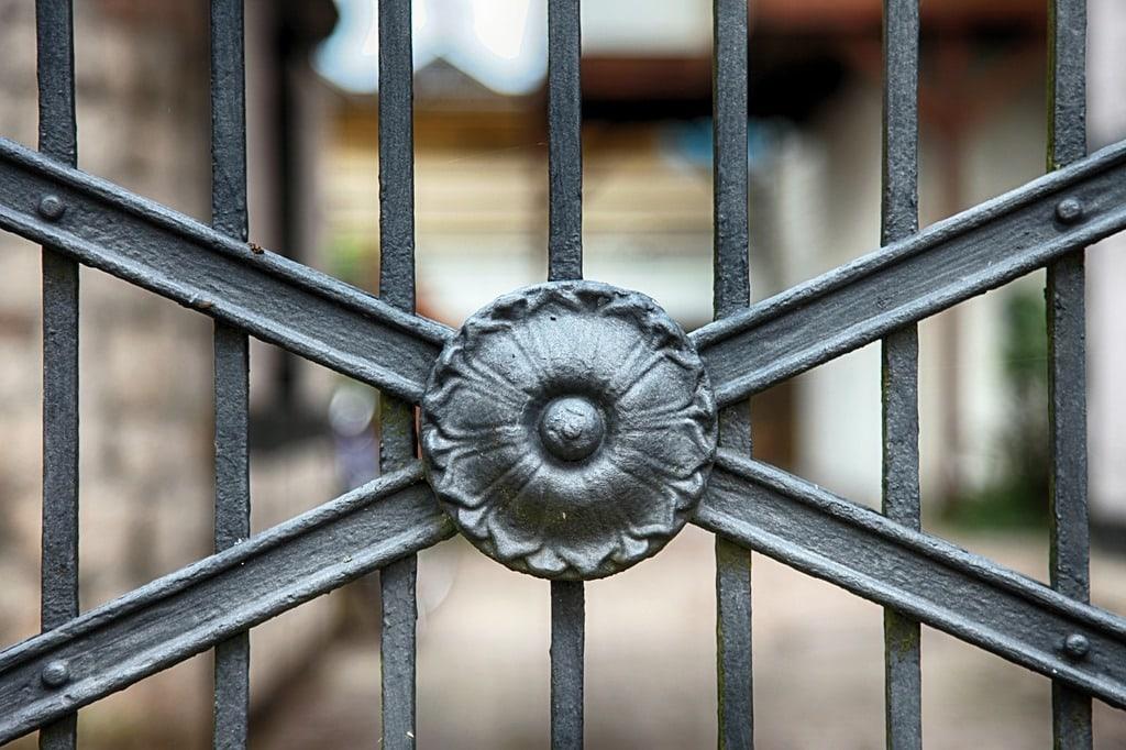 La règlementation en matière de pose de portail